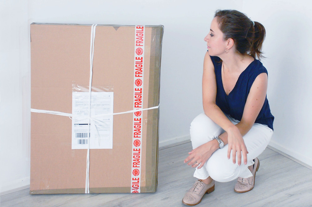 How to package and send paintings abroad