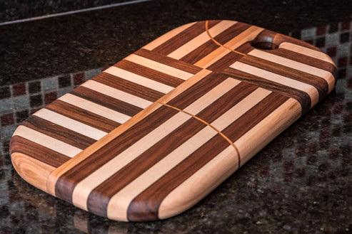 Artisan Edge Grain Walnut & Maple Cleveland Cutting Board
