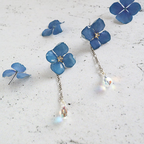 Real blue hydrangea earrings with Swarovski crystal