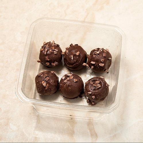 טראפלס שוקולד מריר במילוי גנאש אספרסו מצופים קקאו - אריזה של 6 יחידות