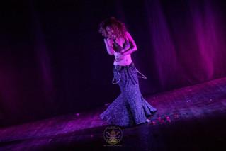 למה נשים שמזיזות את האגן נתפסות כרקדניות טובות יותר?
