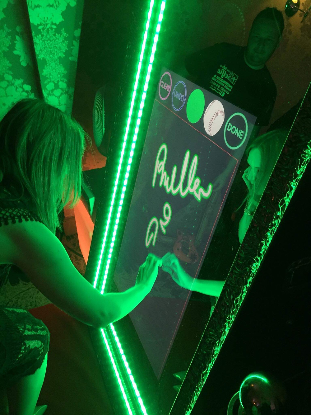 Magic Mirror Photo Booth by BW Photography Studio