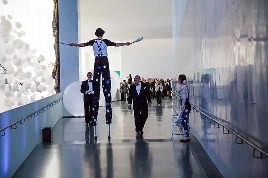Jason D'Vaude Stilt Walking at the Nelso Museum of Art