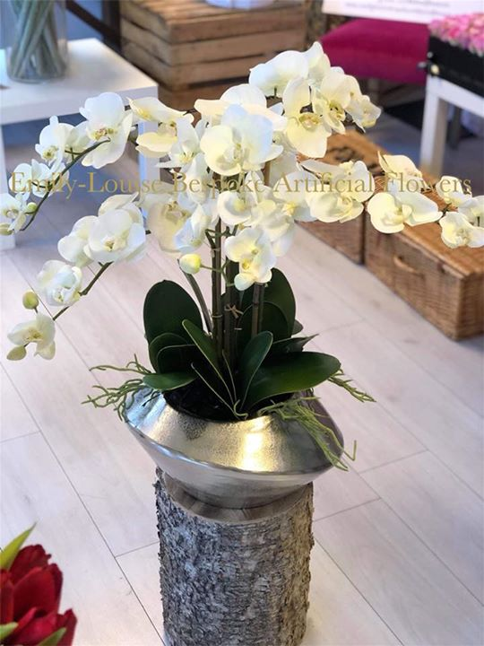 Customers vase