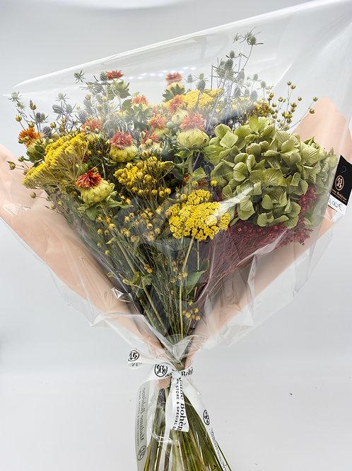 Bouquet de fleurs séchées automne
