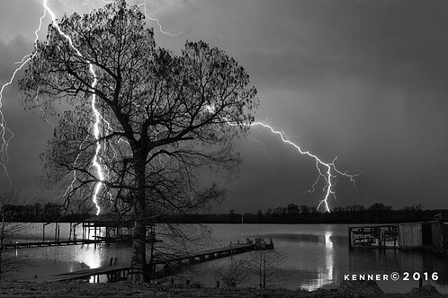 Lightning Over Horseshoe lake