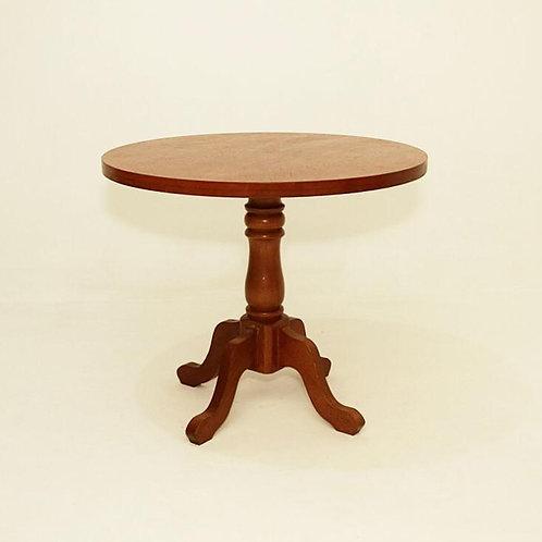Mesa de canto com pé ondulado