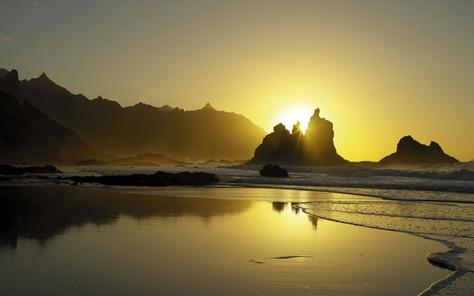 La Increible playa de Taganana