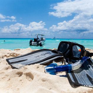 snorkeling akumal.jpg