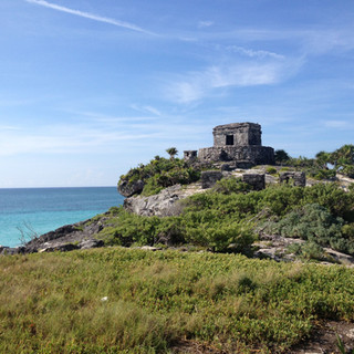 Tulum temple on the cliff