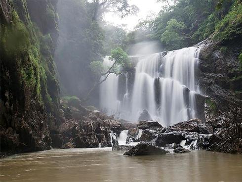 waterfall-dandeli.jpg