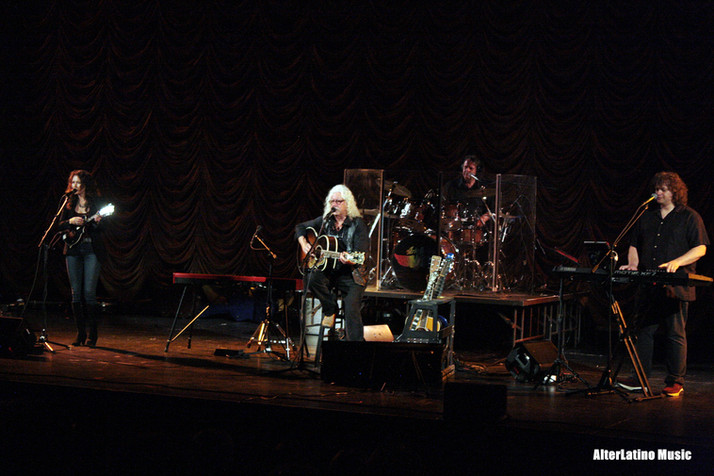 Arlo Guthrie & Family Brought A Message Hope to Sacramento