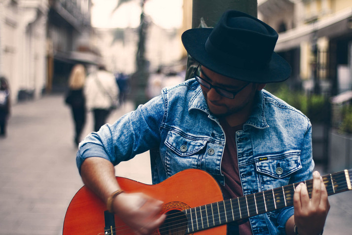 Jacobo Amaru, cantautor peruano, lanza su segundo sencillo