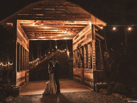 Sharing a Featured Wedding