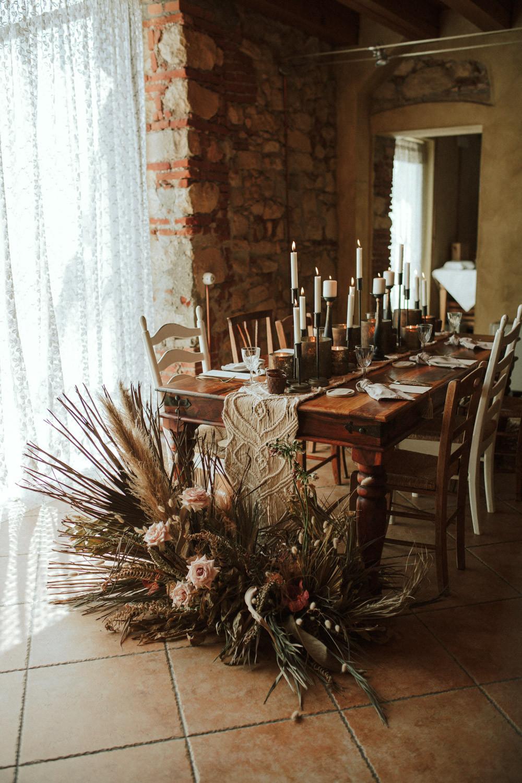 wedding table idea rustical