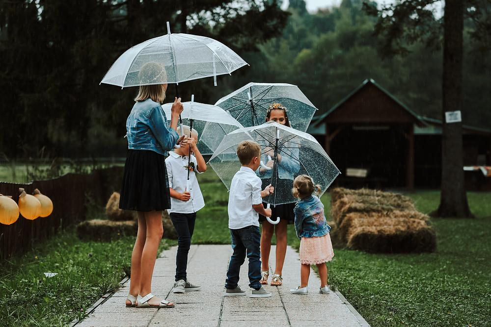 dežniki za poroko