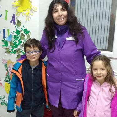 Nos visitan ex asistentes en Huepil Afterschool