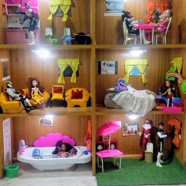 """Casita de muñecas en Mi lugar en el mundo"""""""