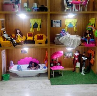 Nuesrta casa de muñecos en Huepil Afterschool
