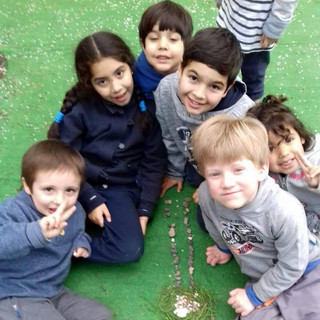 Naturaleza en el patio en Huepil Afterschool
