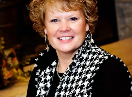 Welcoming Lynn Arnquist