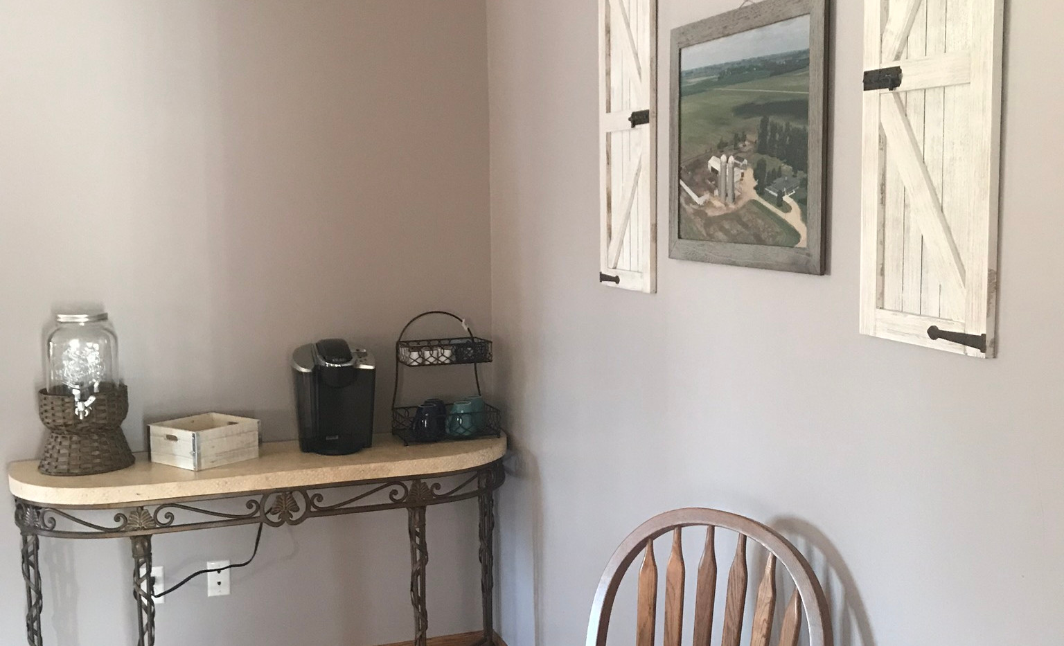 Breakfast Nook/Snack Station