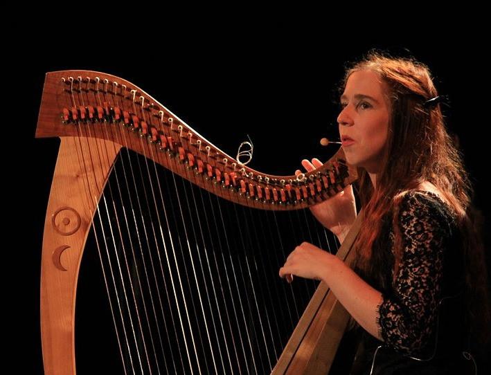 Cécile Corbel, chanteuse et harpiste de musique celtique