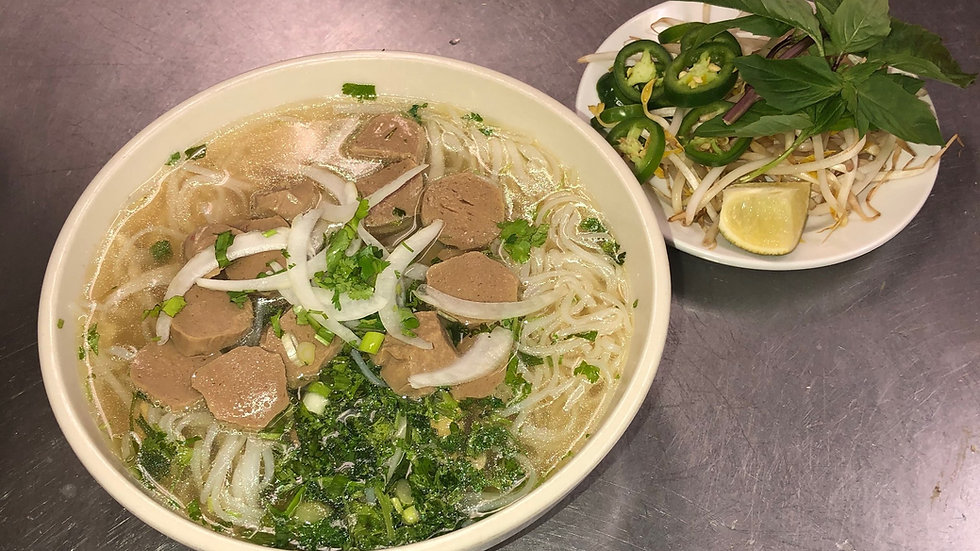 97. Rice Noodle Soup with Beef Meatballs