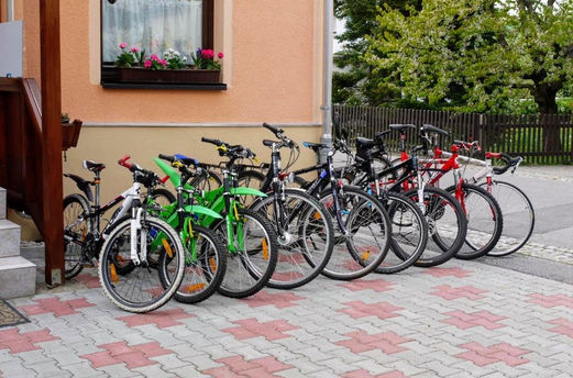 Bikeverleih und Verkauf.jpg