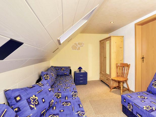 Kinderzimmer (2).jpg