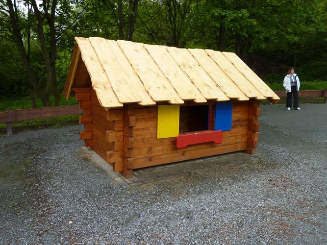 Kinderhütte.JPG