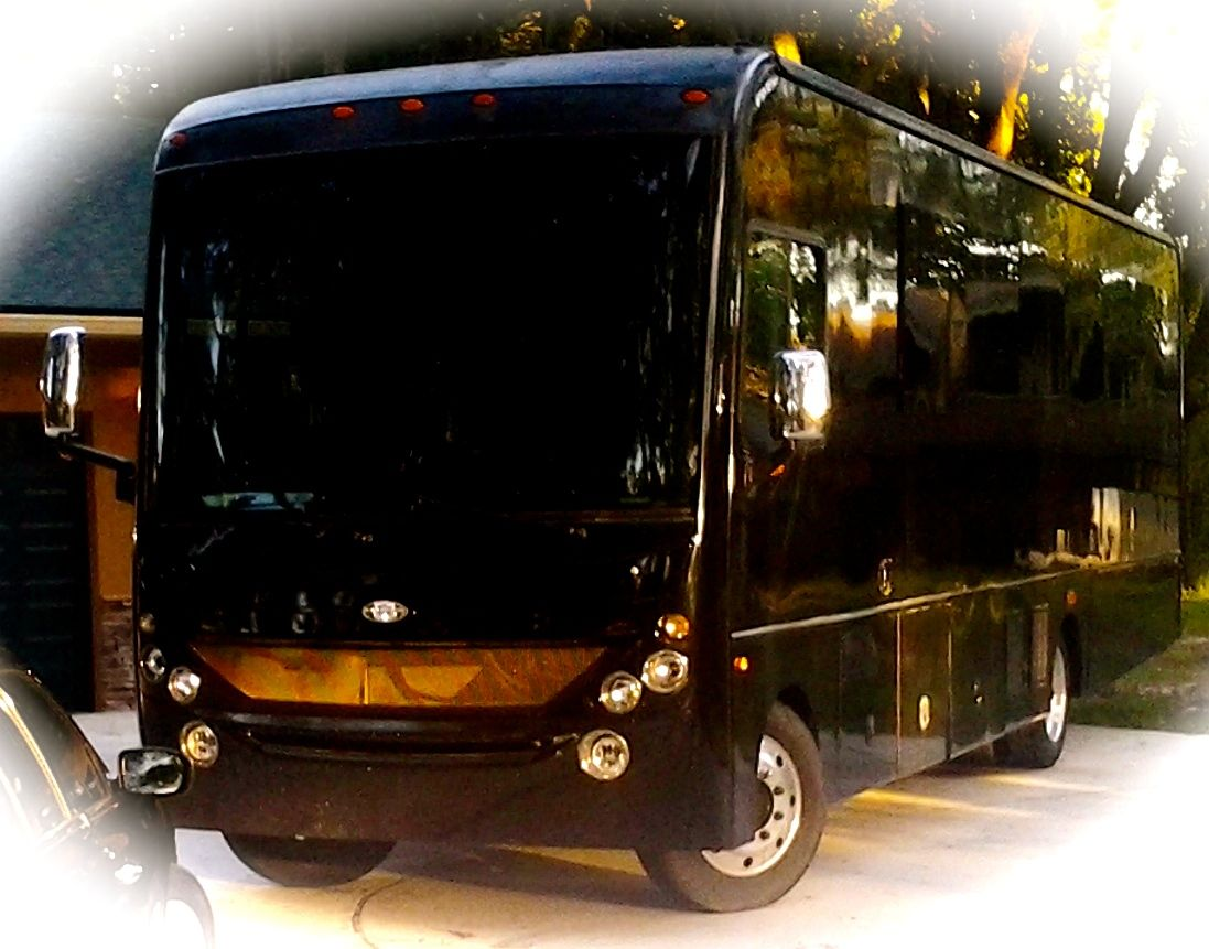 Limo Bus - River City Limos