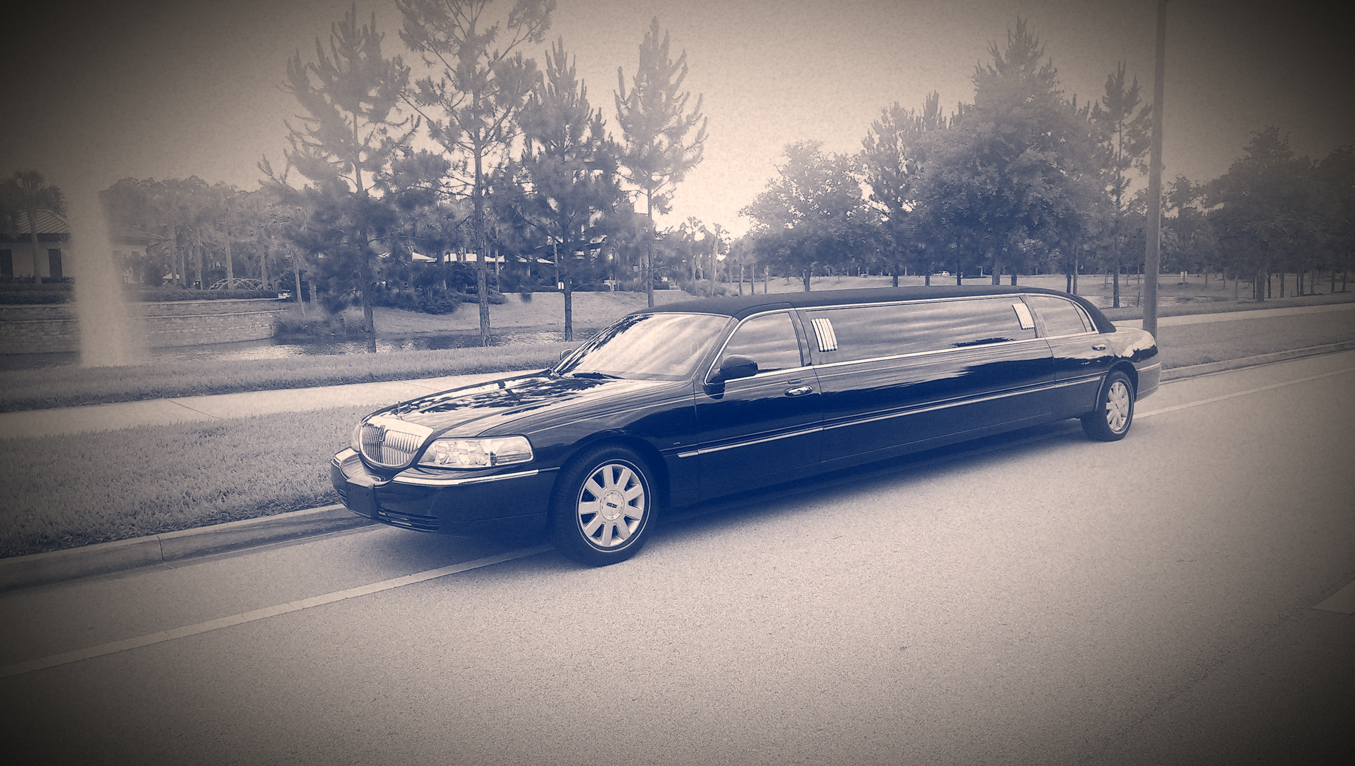 Lincoln Limo - River City Limos