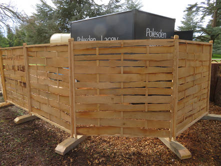 Mobile Wooden Screen Fencing For Food Truck