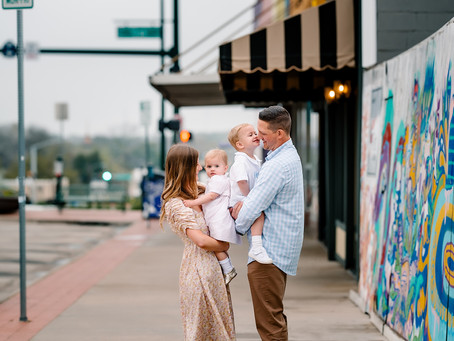 denton square // denton family photographer