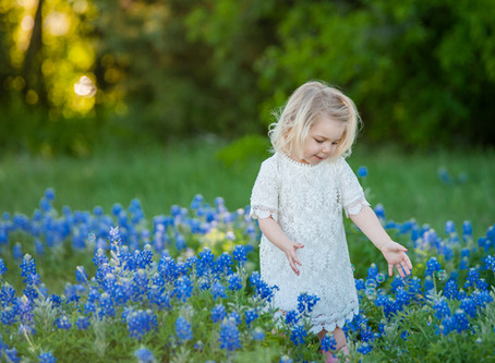 What to Wear in Bluebonnets // Fort Worth family photographer