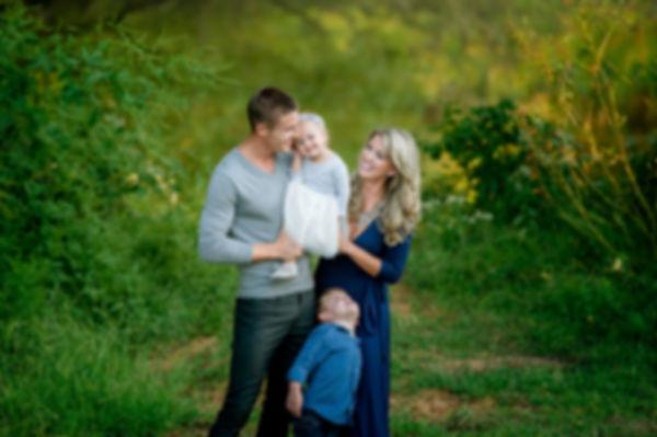 Stylish family at Grapevine Lake