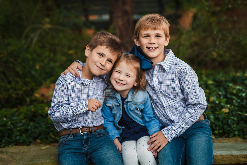 Forth Worth family photographer siblings