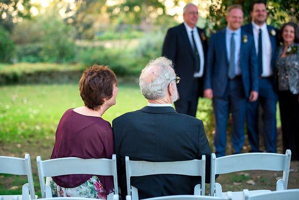 parents at wedding dallas photographer