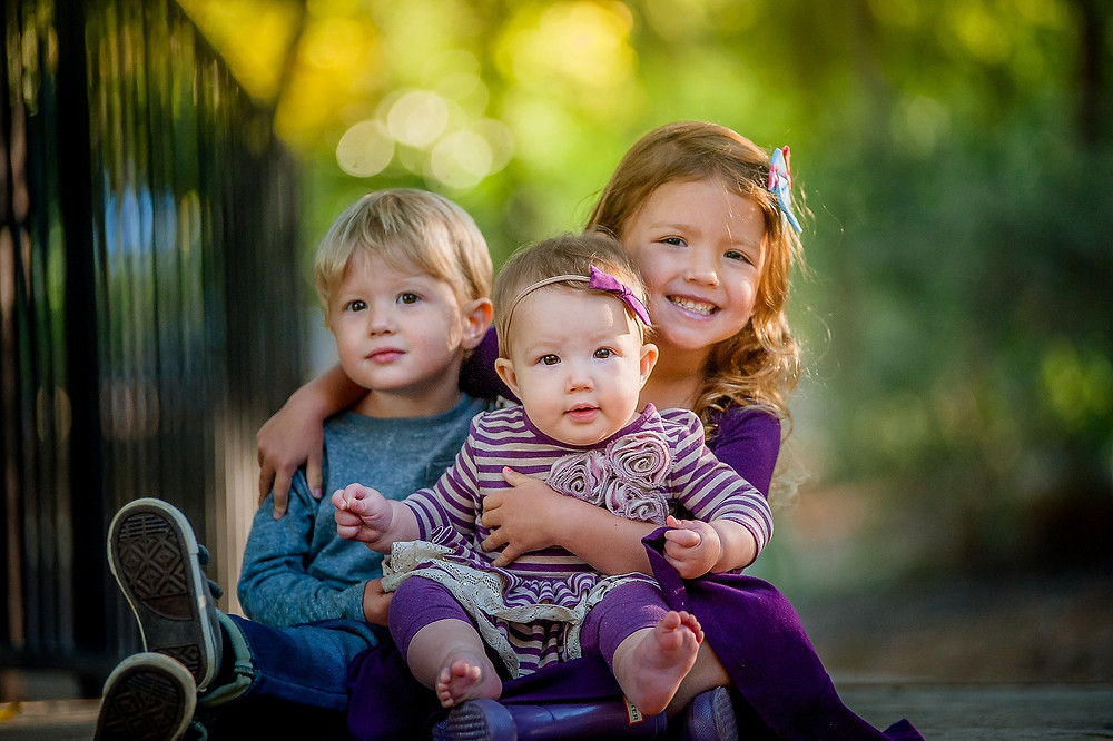 Six month baby, sitter session, siblings, Grapevine Botanical Gardens