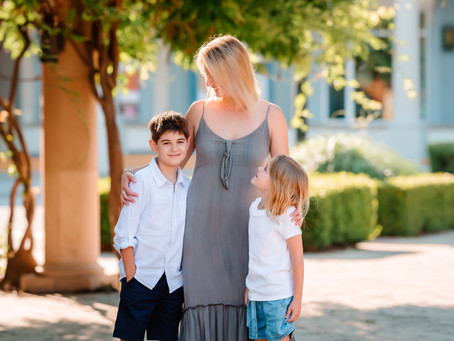 Is a mini session right for me?  // Fort Worth family photographer