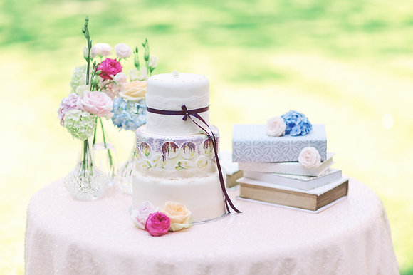 BLUSH PINK SEQUIN TABLECLOTH