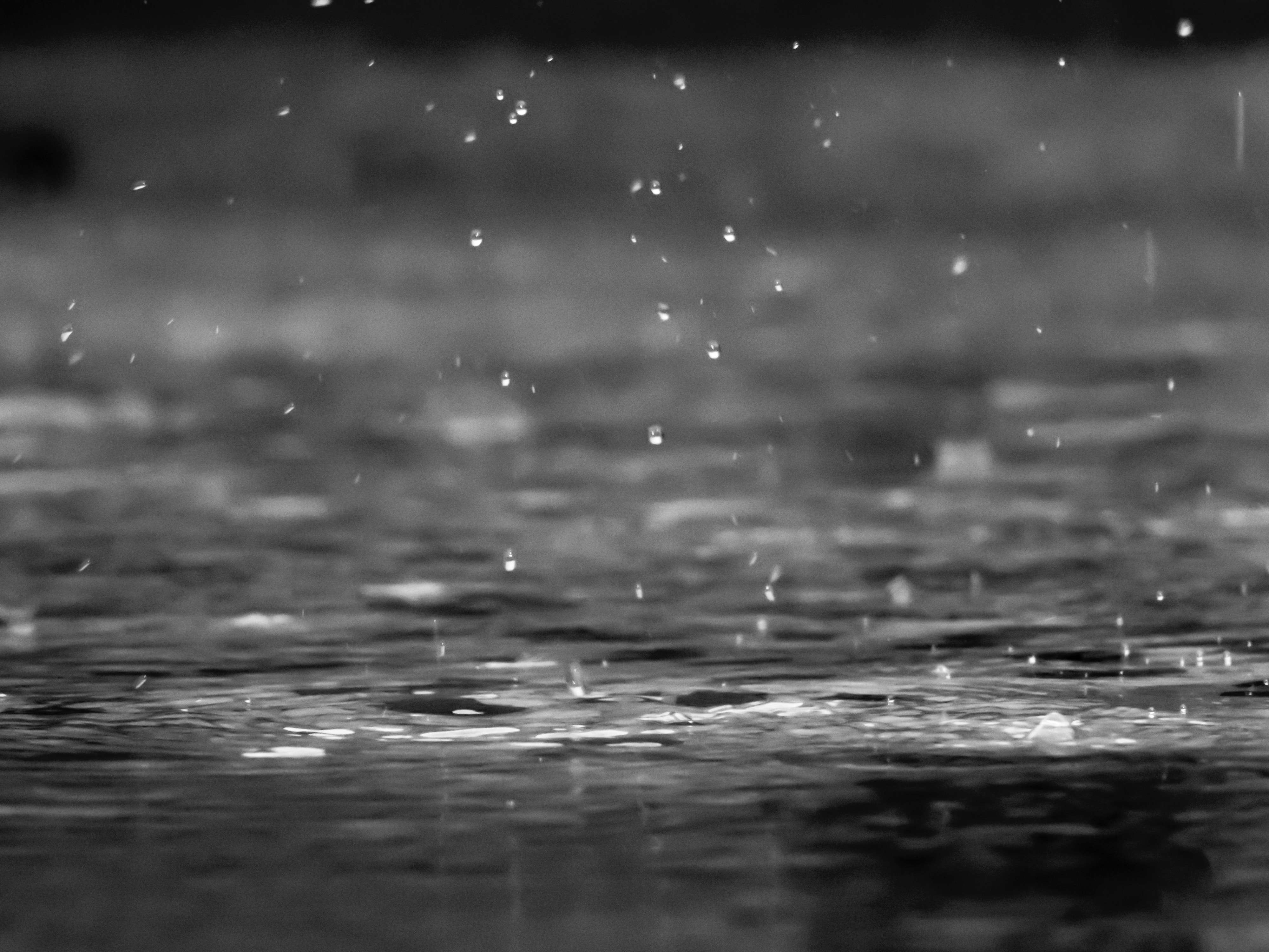 rain splash thee down
