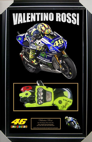 p_1_5_6_9_1569-VALENTINO-ROSSI-SIGNED-FR