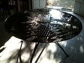 Table Black & White
