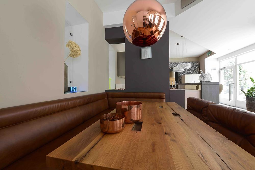 Küchen Design Keglevits, Katharina rührt