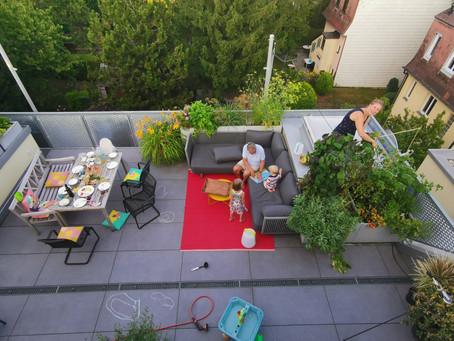 Meine Terrasse im August plus mein liebstes Teerezept für müde Sommermorgen