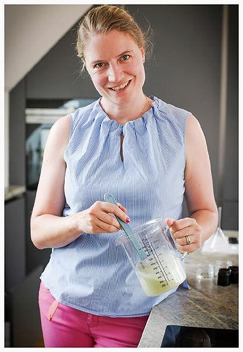 DIY Workshops zu Grüner Kosmetik, natürlichen Reinigungsmitteln und Seifen in Wien und Online - Katharina Rührt