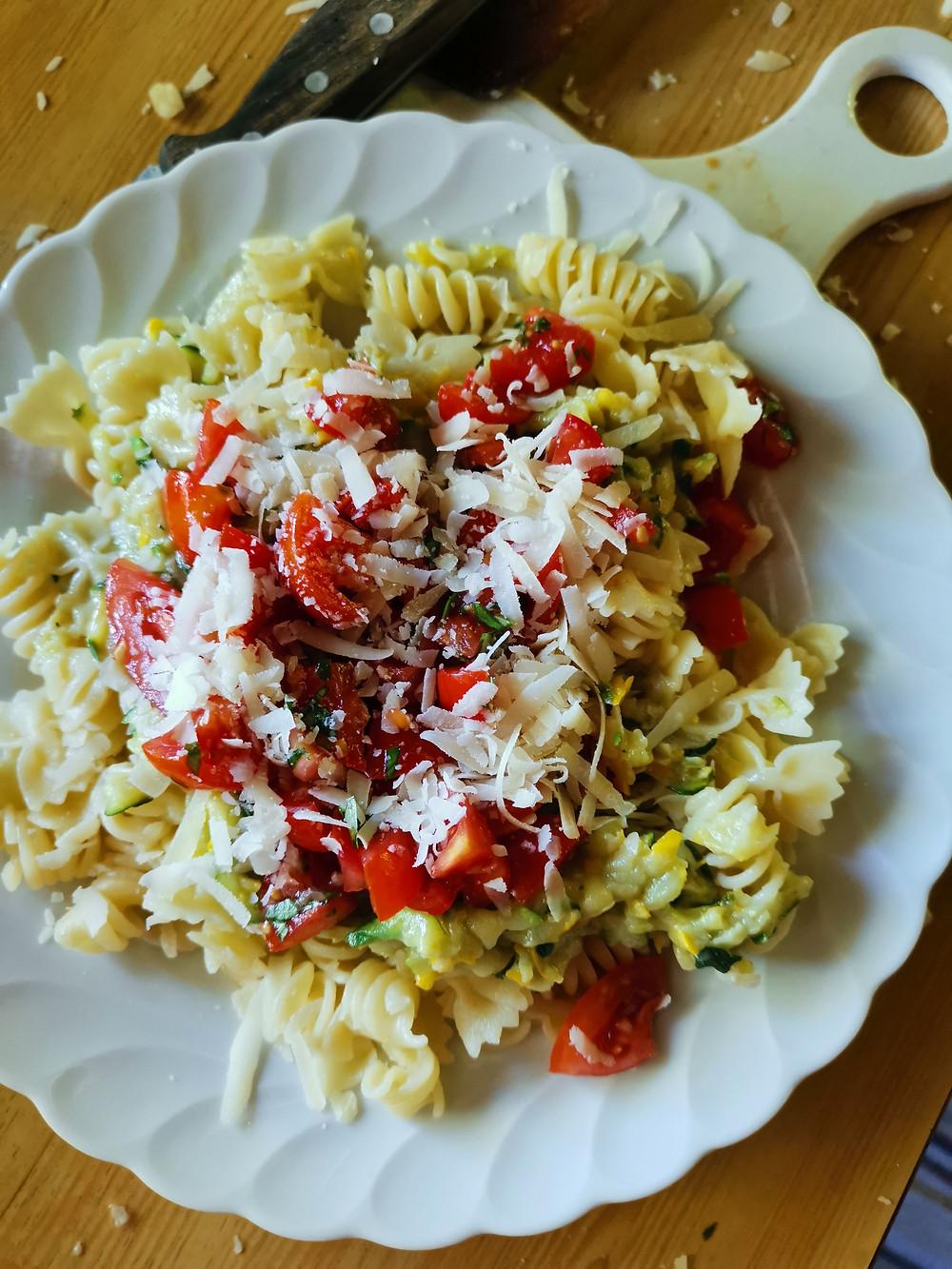 Zucchinipasta, Zucchinischwemme, Nudeln mit Zucchini