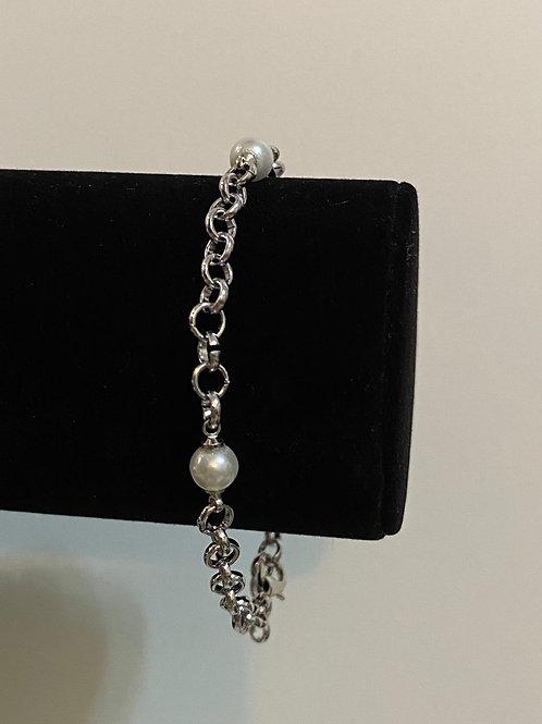Bratara Silver Pearls